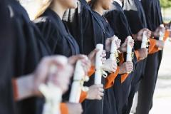 高中毕业可以专本一起读吗?深圳自考专升本贵吗?